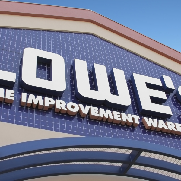 Lowe's Home Improvement Warehouse (Getty Images)