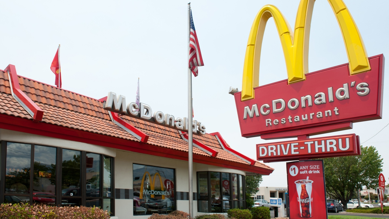 McDonald's to give free 'Thank You' meals to healthcare workers, first responders from April 22 to May 5 thumbnail