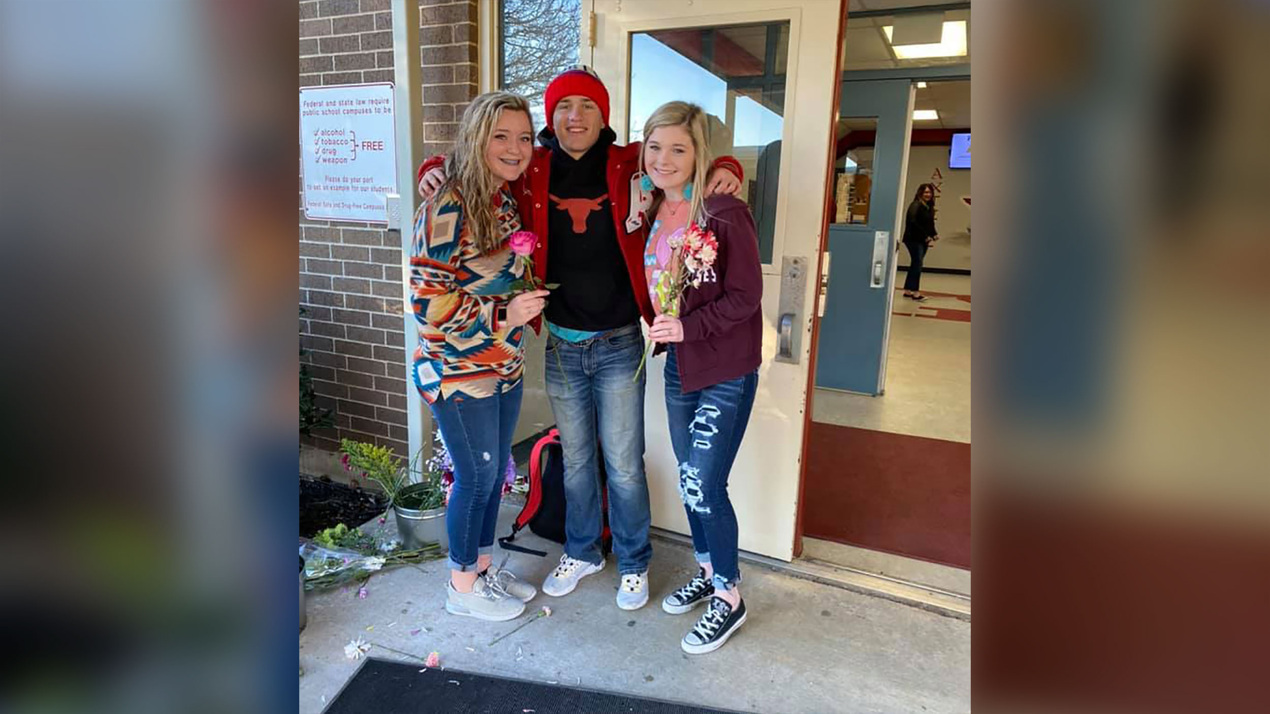 Teen buys 170 flowers to give every girl at his school a gift for Valentine's Day