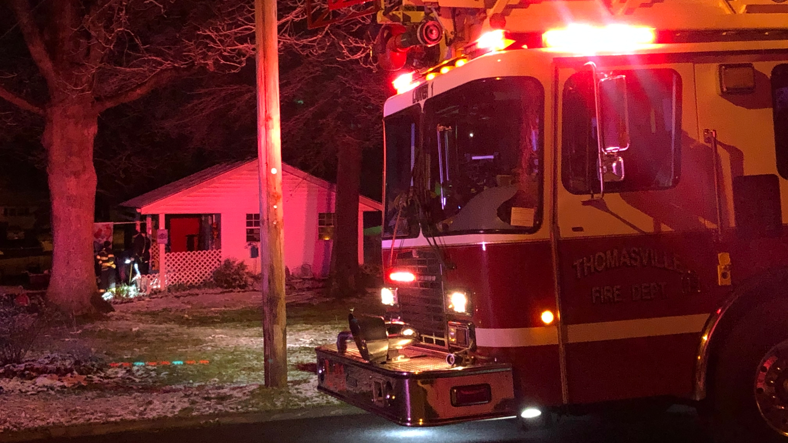 Man taken to the hospital after fire in Thomasville (Chris Weaver/WGHP)