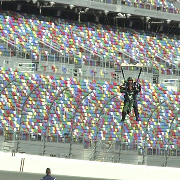 Bubba Wallace skydives into Daytona ahead of the big race