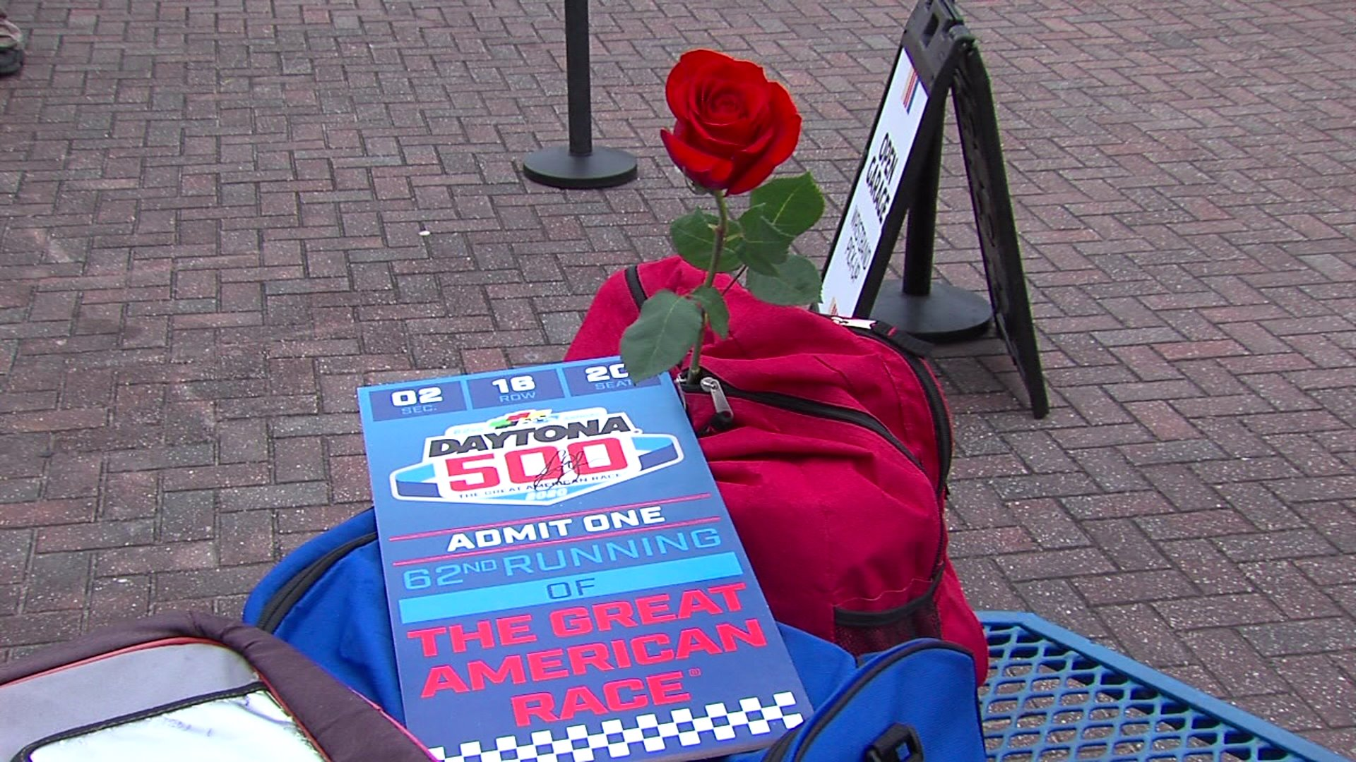 The Valentine's Day dilemma at the Daytona 500