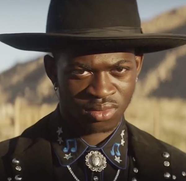 Lil Nas X, Sam Elliott battle in Super Bowl 'Old Town Road' dance-off