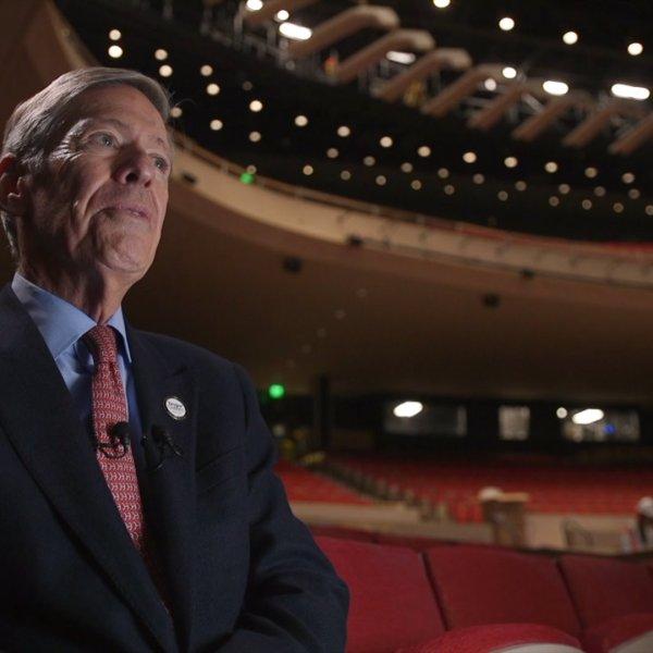 Steven Tanger visits Steven Tanger Center for the Performing Arts for the first time