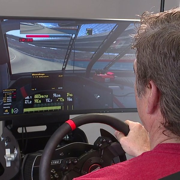 Virtual racing fills the void for NASCAR drivers and fans