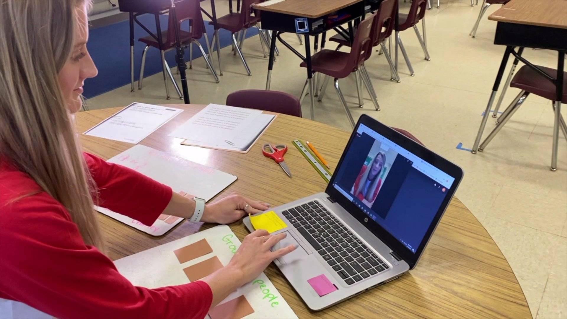 Teacher keeping students supported during online learning