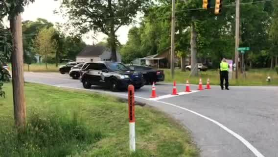 Person barricaded on Wolfetrail Road; Guilford County deputies, tactical units on scene