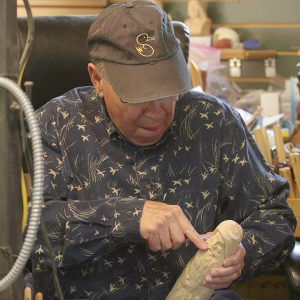 Davidson County man is carving out time for wood creations