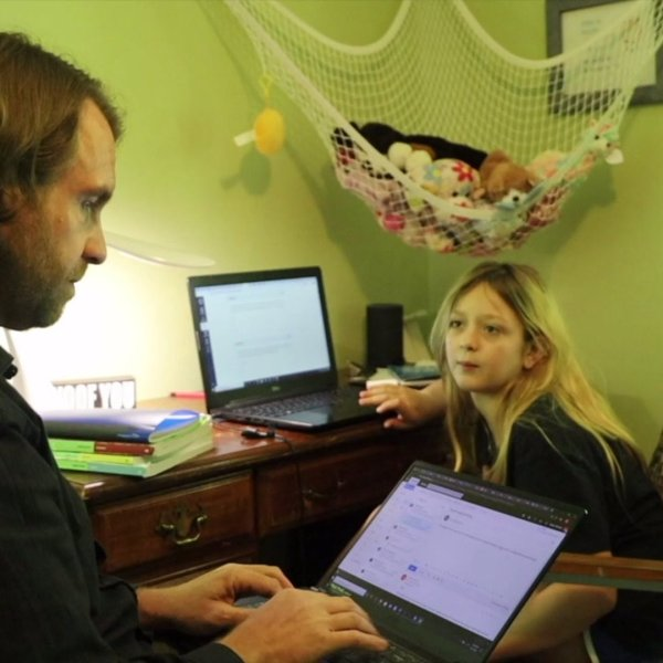 Greensboro teacher finding new ways to keep students engaged through online learning