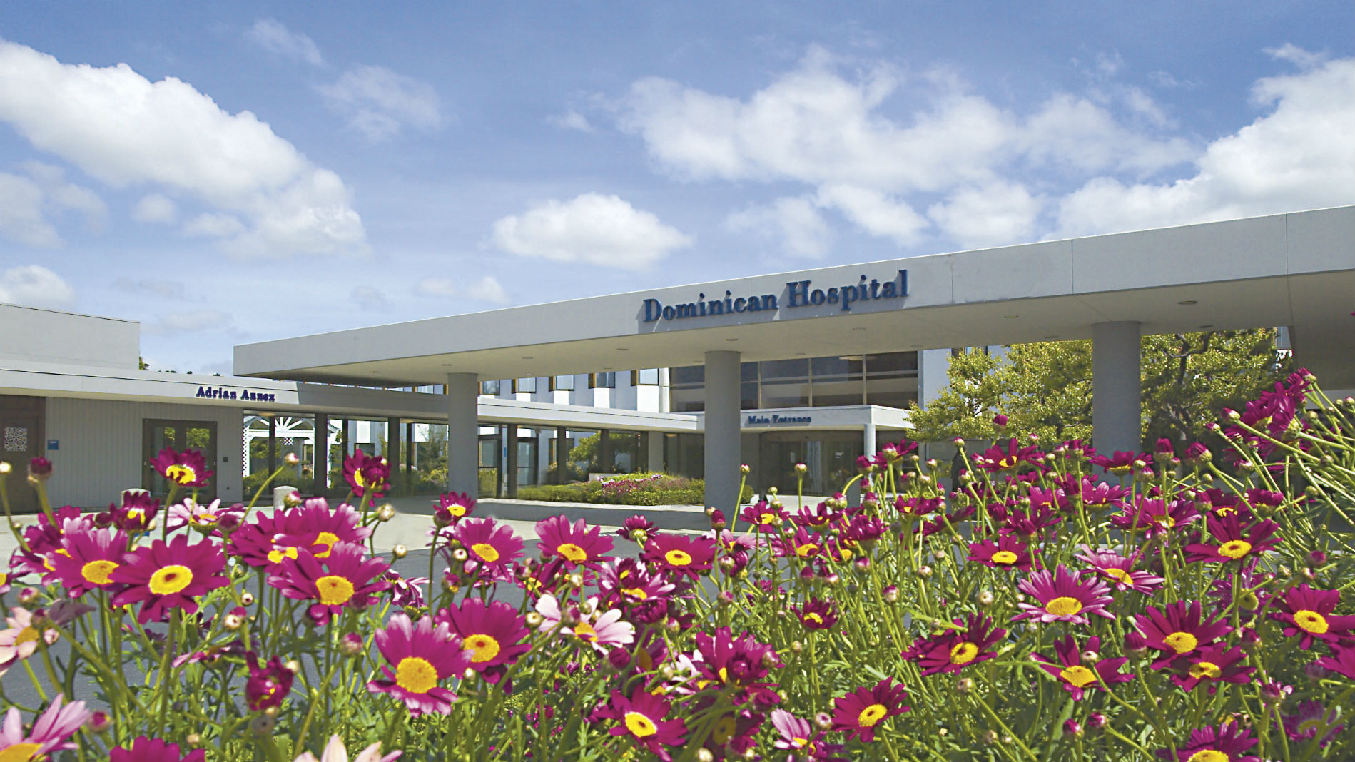 Donor gives employees at hospital $1 million for bonuses