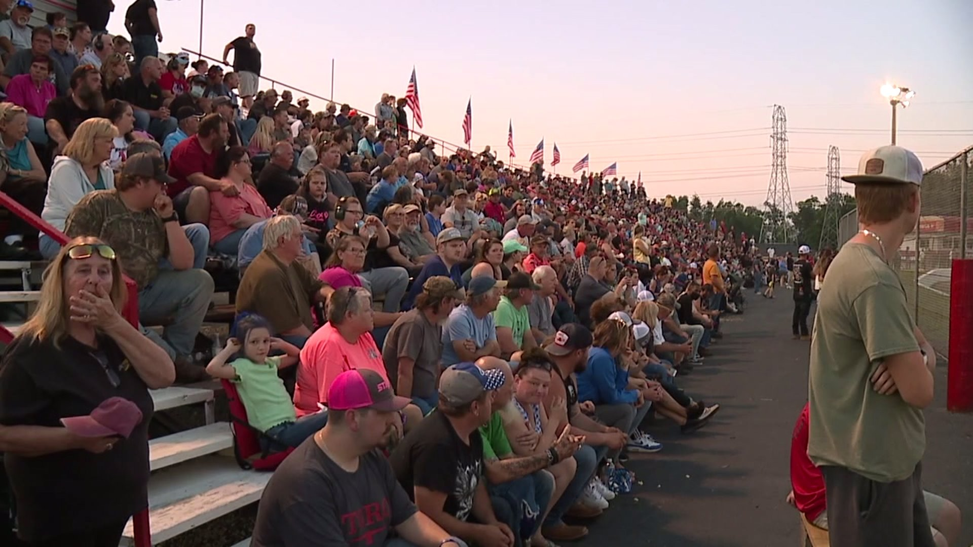 Large crowds tightly packed in at Ace Speedway