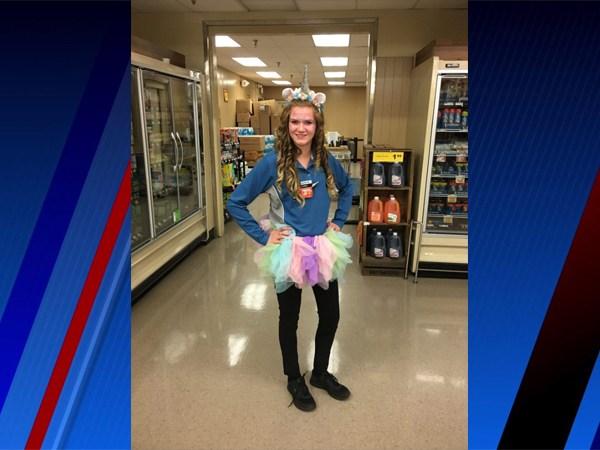 FOX8 Highlighting Heroes: Amber Taylor, Food Lion employee