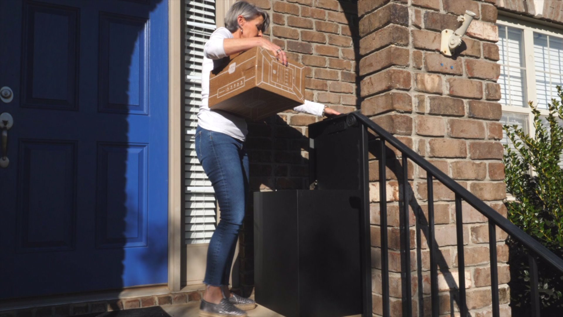Winston-Salem company aims to put porch pirates out of business with the Loxx Boxx