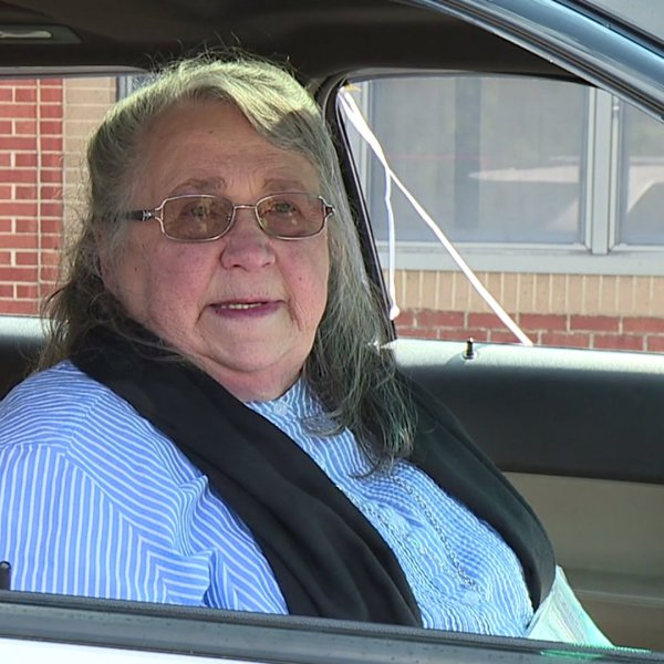 Haw River Elementary School says goodbye to beloved teacher Betty Ray as she retires after 50 years
