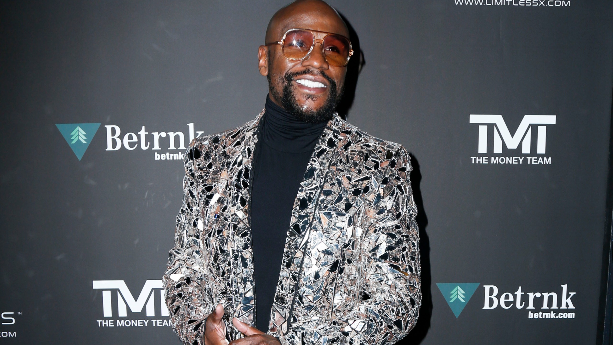 Floyd Mayweather walking the red carpet at Floyd Mayweather's 43rd Birthday Celebration held at Sunset Eden on February 21, 2020 in Los Angeles, California USA (Photo by Parisa Afsahi/Sipa USA)(Sipa via AP Images)