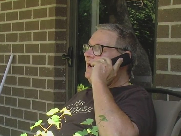 Lexington man can't see wife in nursing home; has daily routine to show her she's loved