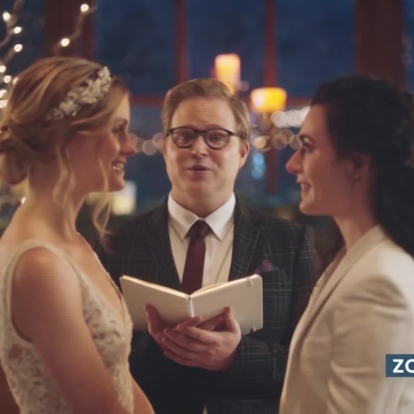 A Zola commercial showing a lesbian couple getting married, which Hallmark declined to air in 2019. (ZOLA)