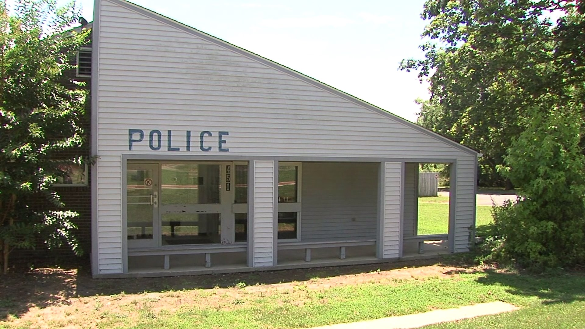 Debate continues over state of Liberty police station