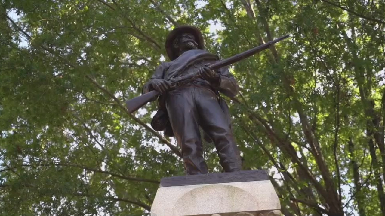 Lexington Confederate monument sparks criticism of Davidson County commissioners; community says lack of transparency