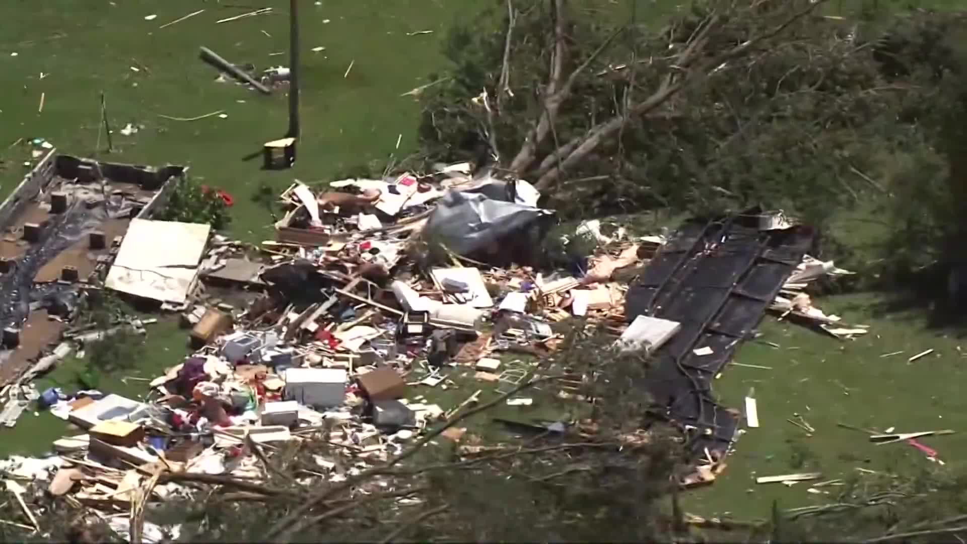 Raleigh firefighters recount saving brothers from wreckage of Hurricane Isaias (WNCN)