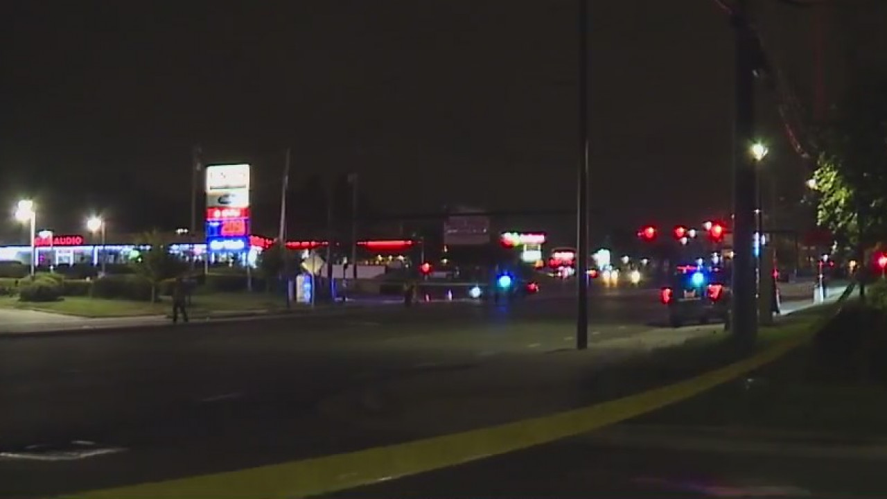 Greensboro man hit, killed on West Gate City Boulevard, police say