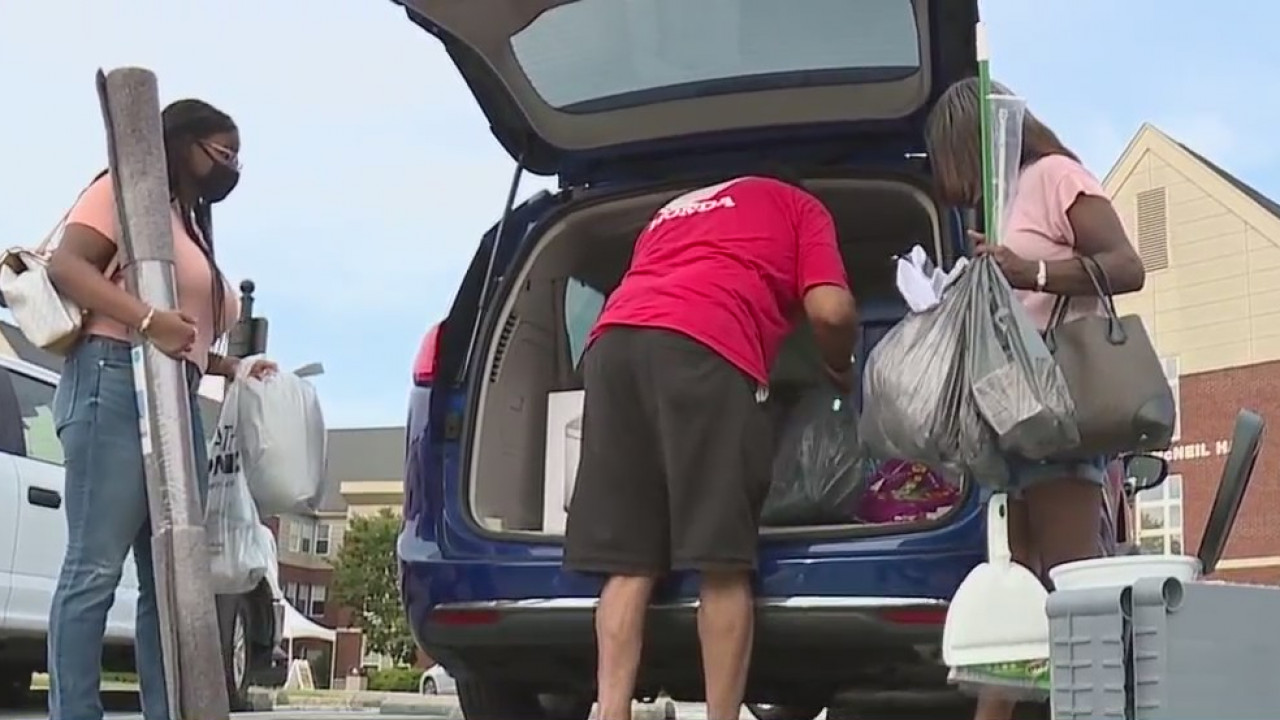 First-year college students begin moving into dorms as governor keeps North Carolina in phase two of reopening