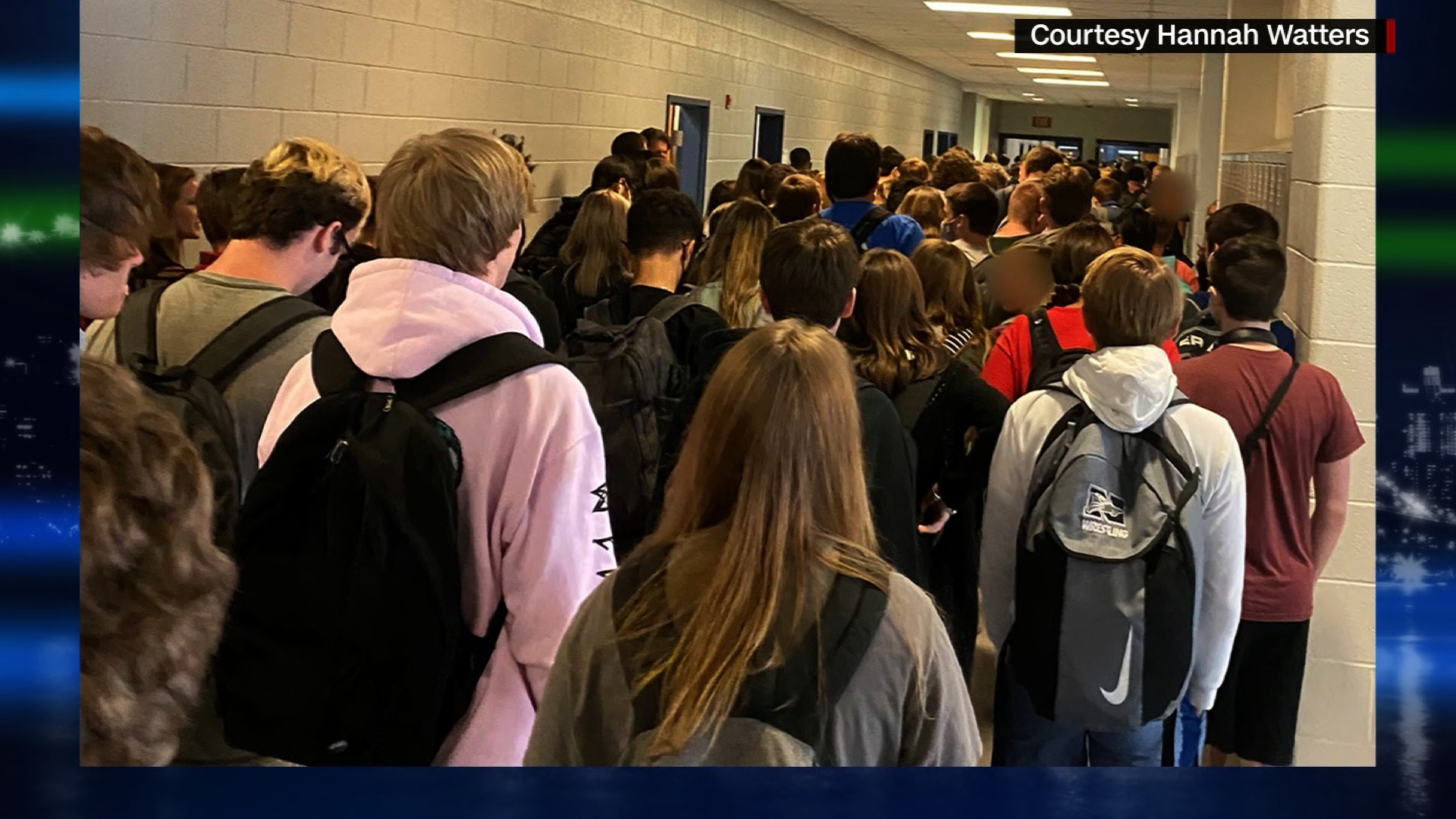 9 cases of Covid-19 reported at a Georgia school seen in photo of a crowded hallway, report says