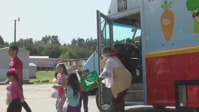 Alamance-Burlington School System rolls out new food truck to deliver meals to students