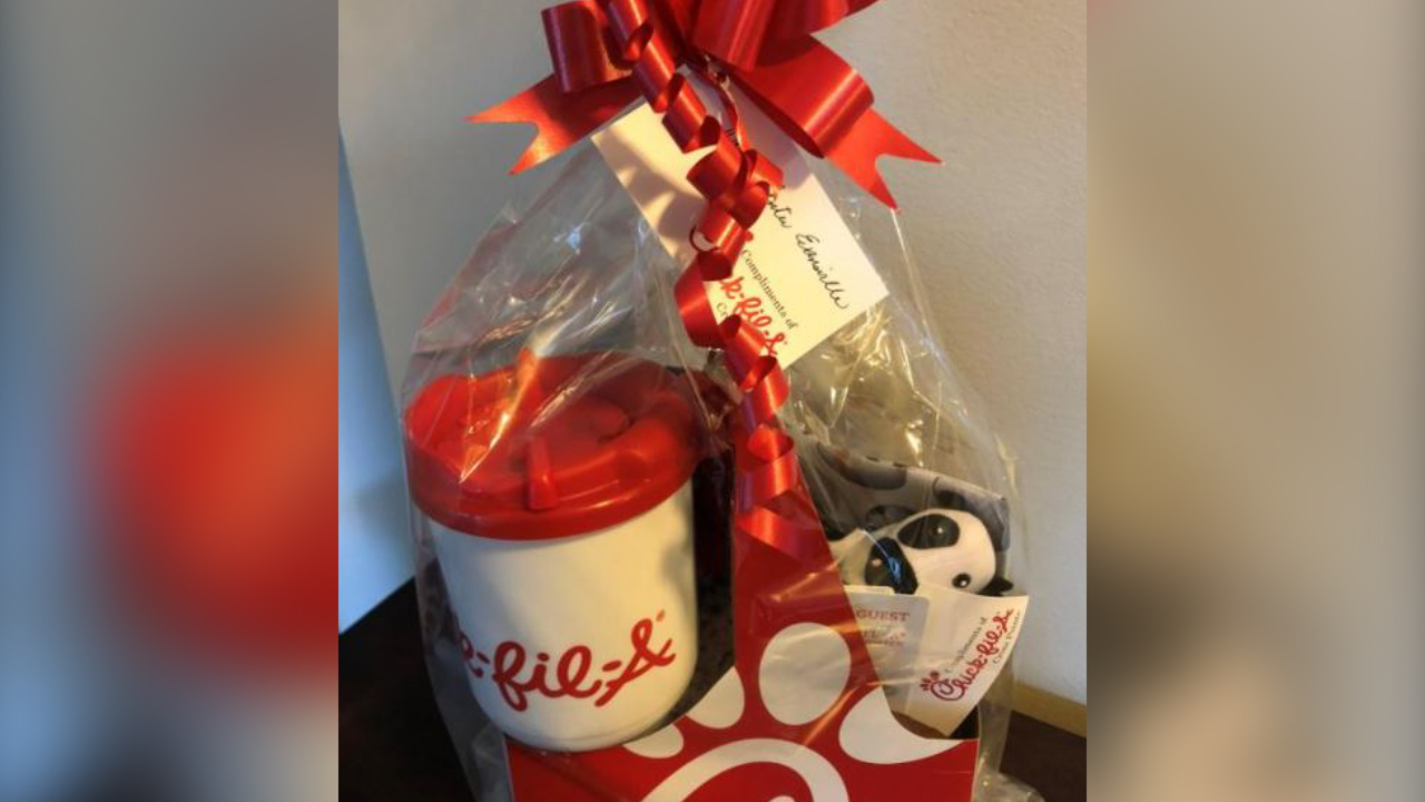 It's a hoax: Facebook post offers free Chick-fil-A gift basket