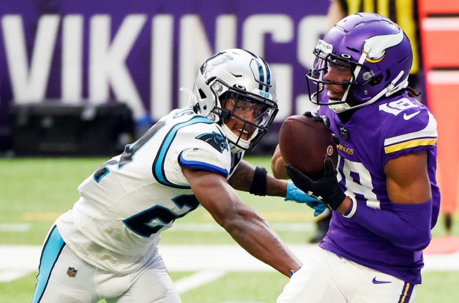 MINNEAPOLIS, MINNESOTA - NOVEMBER 29: Justin Jefferson #18 of the Minnesota Vikings makes a touchdown reception during the first quarter against the Carolina Panthers at U.S. Bank Stadium on November 29, 2020 in Minneapolis, Minnesota. (Photo by Stephen Maturen/Getty Images)
