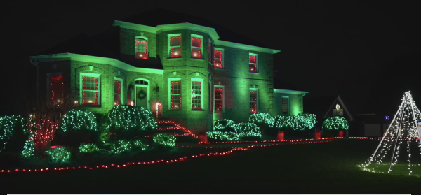'I keep getting called Clark Griswold': Trinity family sets up 'Christmas Vacation' inspired lights display