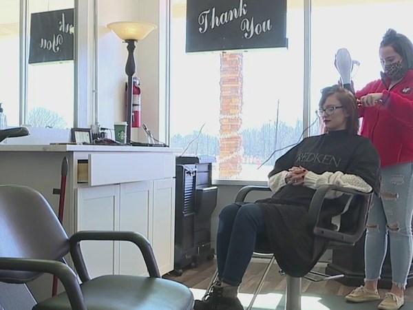 Small Business Spotlight: Grace Salon Tanning & Nails