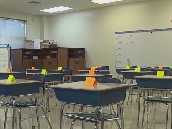 'I'm losing hope at this point': Some parents frustrated as Guilford County Schools delays middle school in-person learning
