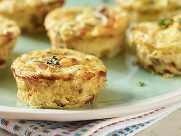 Crustless Cheddar and Sun-dried Tomato Quiches (Courtesy of the Dairy Alliance)