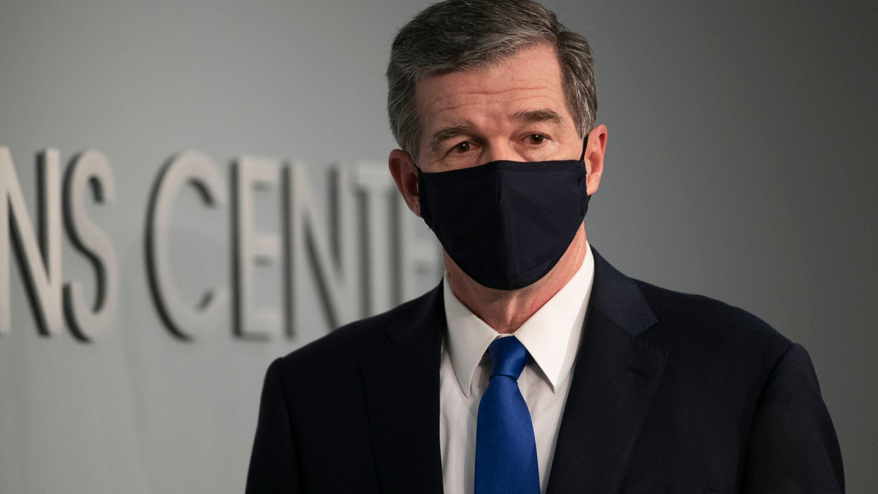 NC to keep indoor mask mandate despite CDC's new guidance