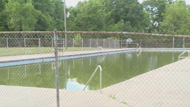 Memorial Park pool in Thomasville being demolished to make way for new, improved pool and community center