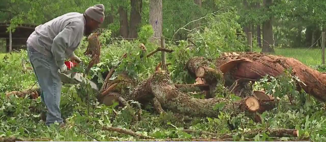Alamance County residents cleaning up damage after tornado rolls through
