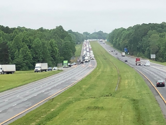 Traffic on Interstate 85 after crash (David Weatherly/WGHP)