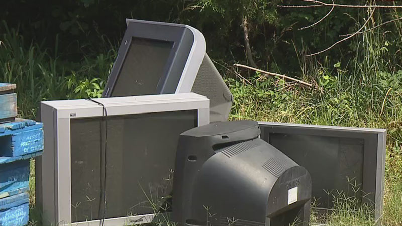 'We are not the landfill': Staff at Thomasville thrift store frustrated by trash dumped on property