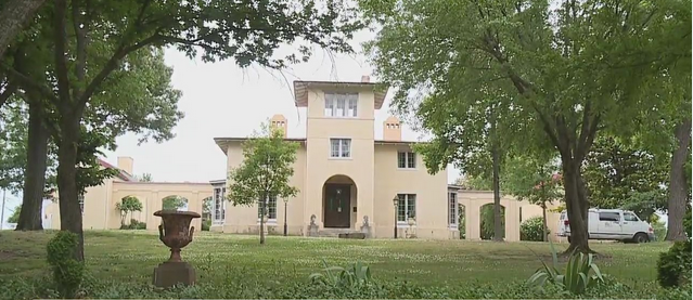 'I like taking it from ugly to pretty': Contractor gets new opportunity painting the historic Blandwood Mansion in Greensboro