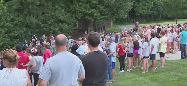 Vigil held in Oak Ridge for victims of deadly drunk driving crash