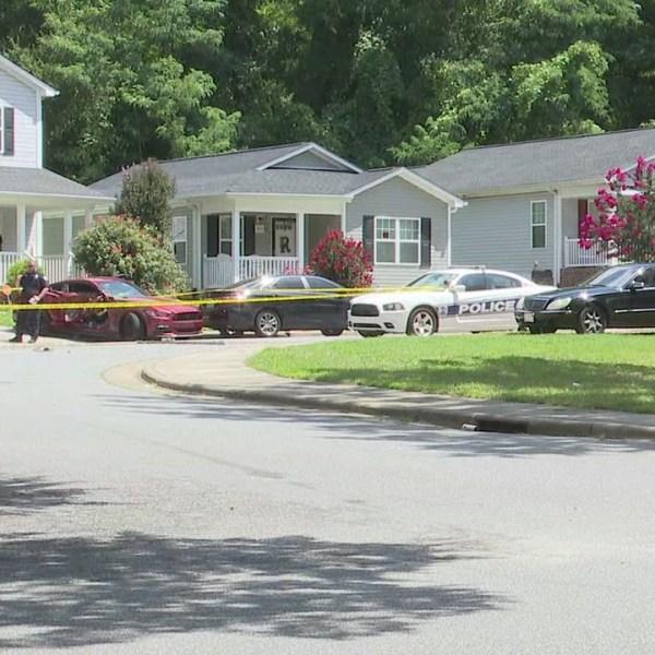 Officers on scene after shooting at Willow Oak Way, Richard Allen Lane in Winston-Salem