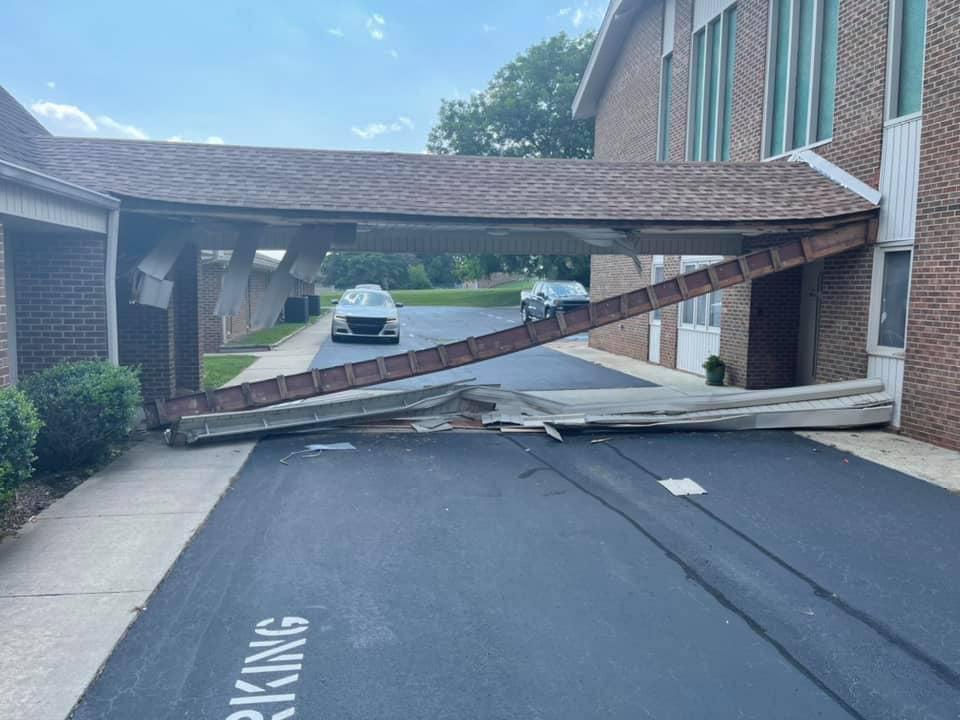 Truck crashes into Thomasville church