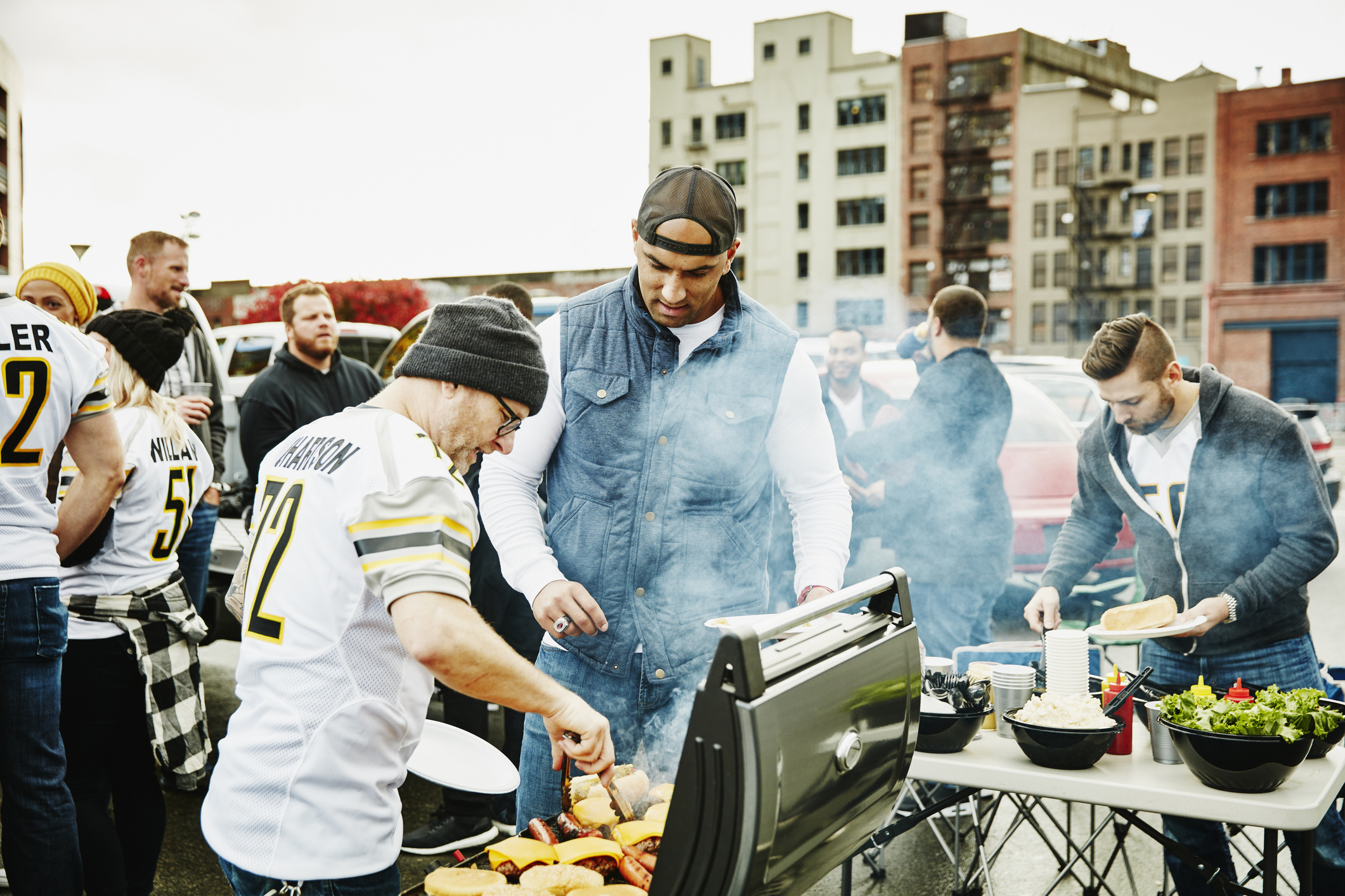 Tailgating party (Getty Images)