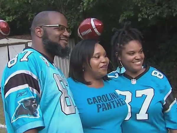 Boy or girl? Catman Jr. has football-themed gender reveal party