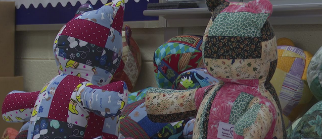 Winston-Salem woman gathers team of teddy bear builders to console people dealing with loss